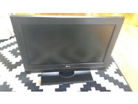 26 inch LG HDMI LCD TV and remote