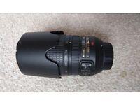 Excellent Condition Nikon 70-300 mm f/4.5-6.3G ED VR Lens for Sale