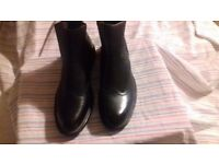 Pair of Black Mens Chelsea Boots size 10