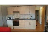VERY NICE 3 BEDROOM FLAT TO RENT IN WHITCHURCH £900 ALL BILLS !