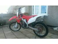 Honda crf 450 2012 model in mint condition for year