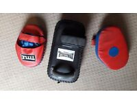 boxing pads, 2x hand pad and 1x leg pad