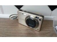 Sony DSC-W150 Cyber-shot camera