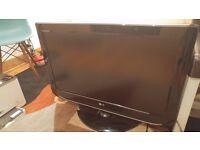 "LG 32LT75 - 32"" Widescreen HD"