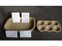 THE PAMPERED CHEF RECTANGULAR BAKER AND 6 MUFFIN TRAY