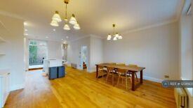 4 bedroom flat in St Peters Street, London, N1 (4 bed) (#1208903)