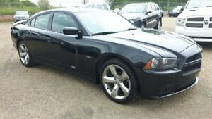 2013 Dodge Charger R/T, Leather, Power sunroof, NAV, Heated AC S