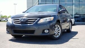 2010 Toyota Camry SE 2.5L 4CYL* A/c* Cuir* Toit* Mags* Cruise*