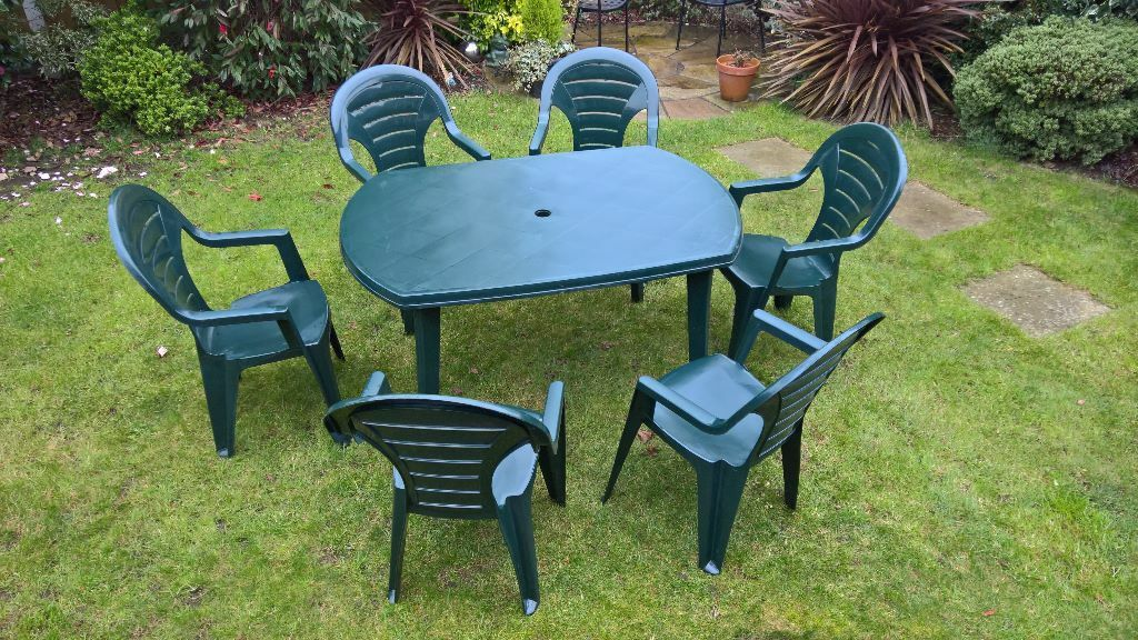 Garden Table Chairs And Parasol Set Green Plastic In Wrexham Gumtree