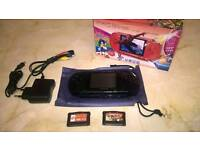 Handheld Games Console like Nintendo DS, Playstation PSP
