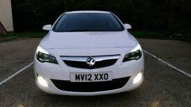 2012 Vauxhall Astra SRi ecoflex 1,7 Cdti.
