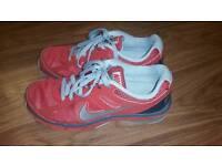 Nike Air Max Defy