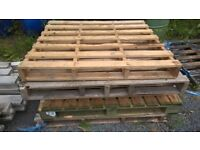 timber / wooden pallets