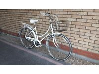RALEIGH CAPRICE CLASSIC DUTCH STYLE LADIES BIKE WITH NEW BRAKES AND BASKET