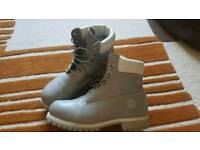 Timberland new grey boots
