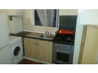 STUDIO FLATS AVAILABLE ON ILFORD LANE £900 INCLUDING ALL BILLS(PVT DSS WELCOME )