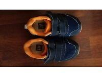Blue GAP trainers infant UK6