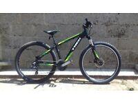Trek Marlin 6 mountain bike aluminium bicycle front suspension hardtail shimano gears