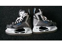 Ice skates by Easton size 3
