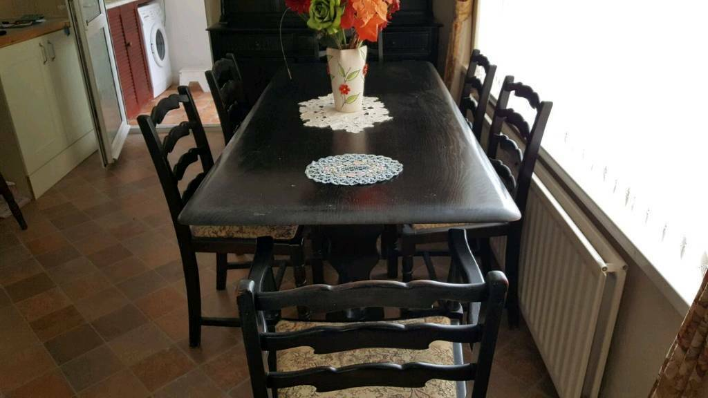 6 Seater Dark Wood Table Price Drop In Haverfordwest