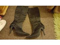 Womens shoes sizes 5 and 6