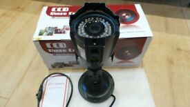 CCTV WATERPROOF METAL CAMERA Interanl / External & Night Vision - BRAND NEW - With Cables