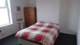 Bedsit available Exeter