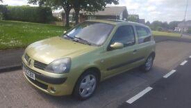 Clio 1.2 petrol full mot low miles