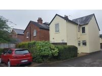 5 Bed HMO Licensed Property in Cowley. Professionals or Students