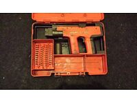 Hilti dx450 nail gun