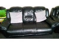 3 piece black lether sofa