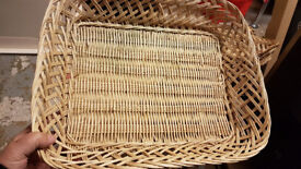 6 Wicker Baskets Suit Christmas Gift Presentation