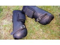 Set of 4 mark todd boots full size black