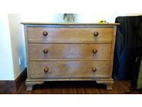 3 Drawer Solid Wood Chest of drawers