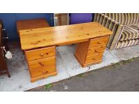 Pine Dressing Table in Good Condition