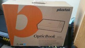 PLUSTEK OPTICBOOK 3800 Scanner