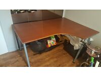 Corner desk (£100) and office chair (£30)for sale