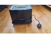 Hotpoint 2 slot Digital Toaster - Black