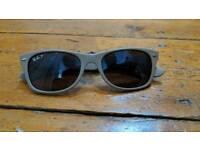 Ray Ban polarized new wayfarer sunglasses grey