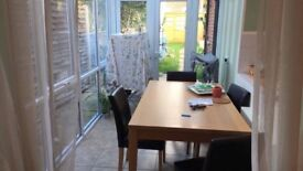 Double room, town centre close to station. Single occupancy only, professionals.