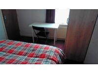 Double bedroom accomodation in L6