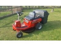 Ride on mower Murrey 8hp Briggs/Stratton motor in good working order easy key start