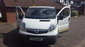 Vauxhall vivaro automatic van for sale 2011