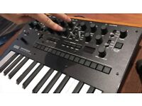 Korg Monologue Synthesiser Mint condition Boxed 6 months old