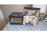 Gamecube (cosmetic damage), 2 games, 1 unofficial controller