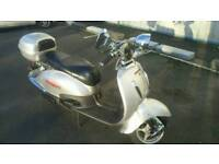 2009 Direct Bikes retro scooter 125cc 4 stroke