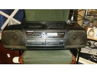 Panasonic RX-DT5 stereo radio/CD/double cassette player with line-in