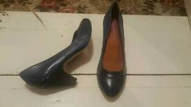 Two pairs ladies new shoes