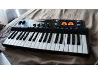 Line 6 TonePort KB37 midi controller still in box very good condition