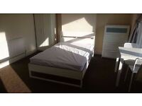 Fantastic , clean fully furnished king size room in leytonstone , london, sofa , table double bed